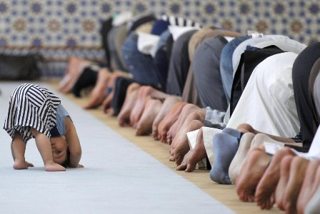 چگونه مسجد را محبوب کودکان کنیم