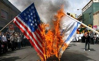 مرگ بر آمریکا و سوزاندن پرچم آمریکا
