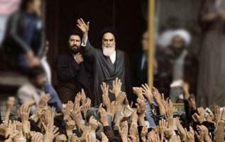 اعتقاد به اراده و نیروی مردم و مخالفت با تمرکزهای دولتی